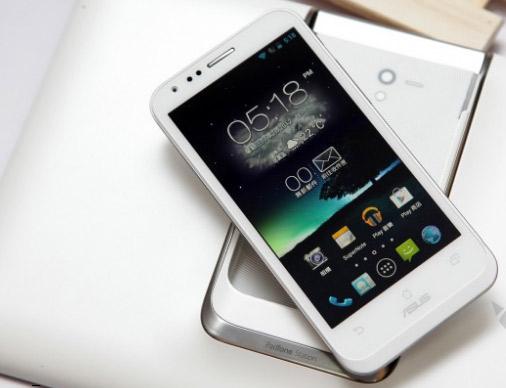Белый Asus Padfone Асус падфон: телефон-гибрид