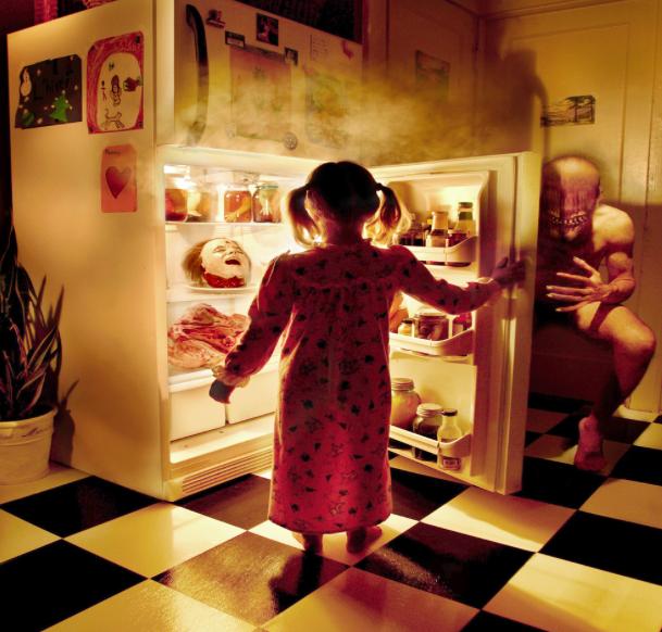 cauchemars_joshua_hoffine_fridge
