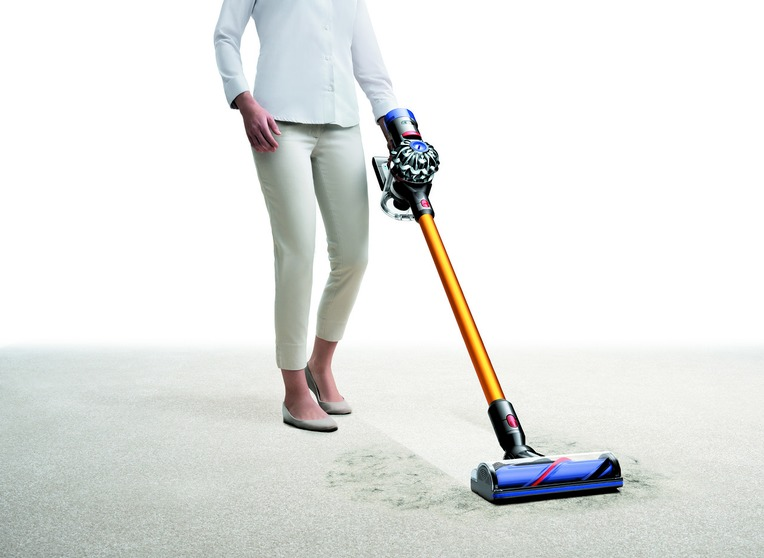 dyson-v8-absolute-vacuum-in-use-image-with-direct-drive-cleaner-head-1