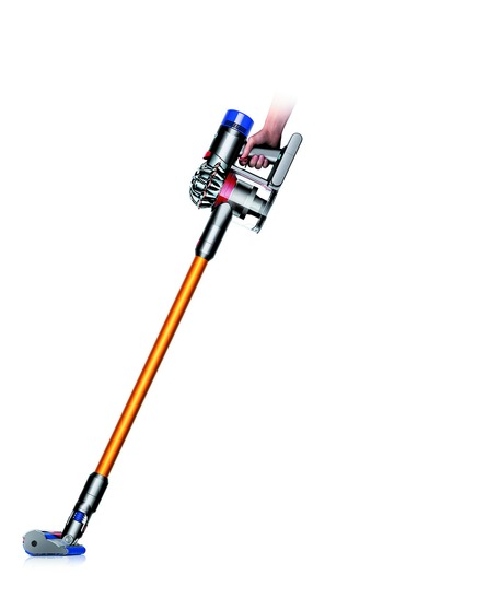 dyson-v8-absolute-vacuum-side-view-with-soft-roller-cleaner-head-2