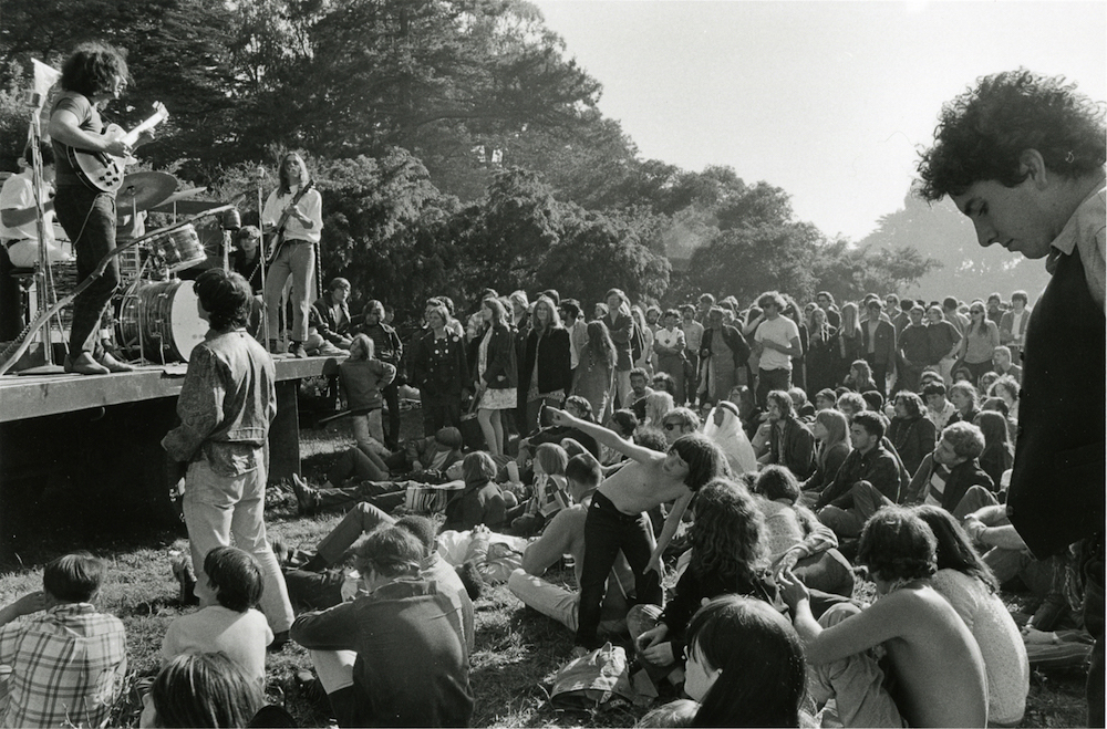 elaine-mayes-grateful-dead-goldengatepark1967-vintage-gelatin-silver-print-11-x-14-inches