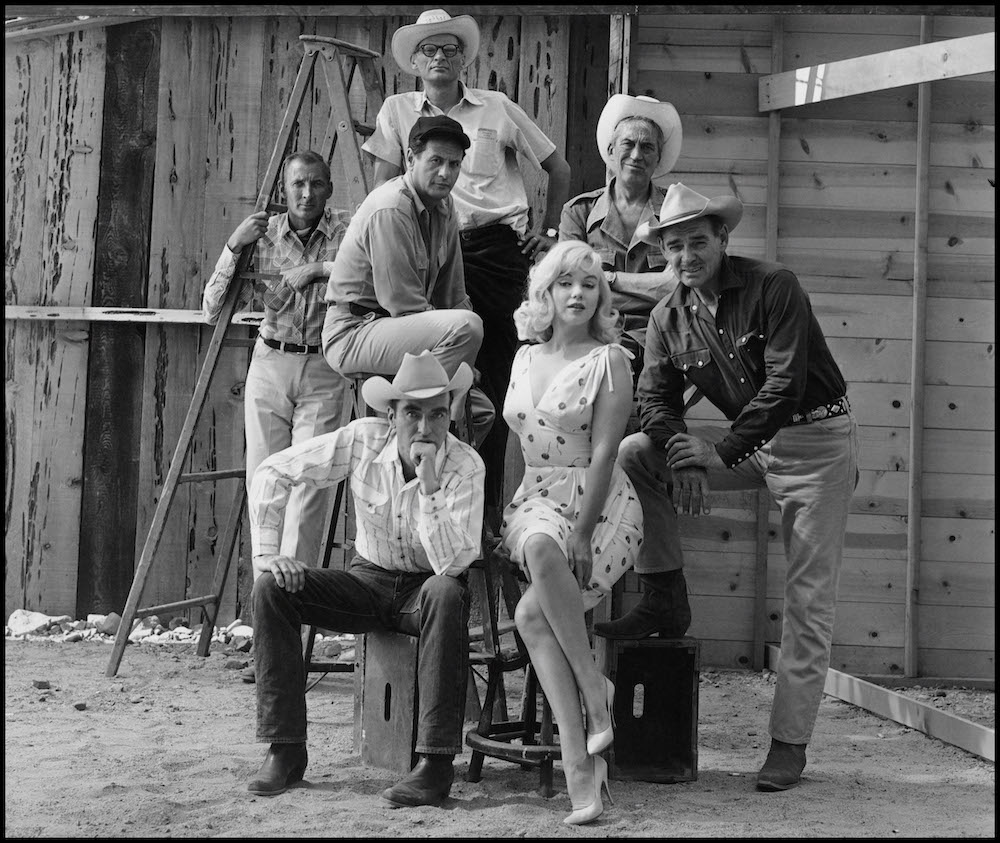 "USA. Reno, Nevada. 1960. Film set of ""The Misfits"" by John HUSTON, with US actors Marilyn MONROE, Clark GABLE, Montgomery CLIFT and Eli WALLACH and writer Arthur MILLER."
